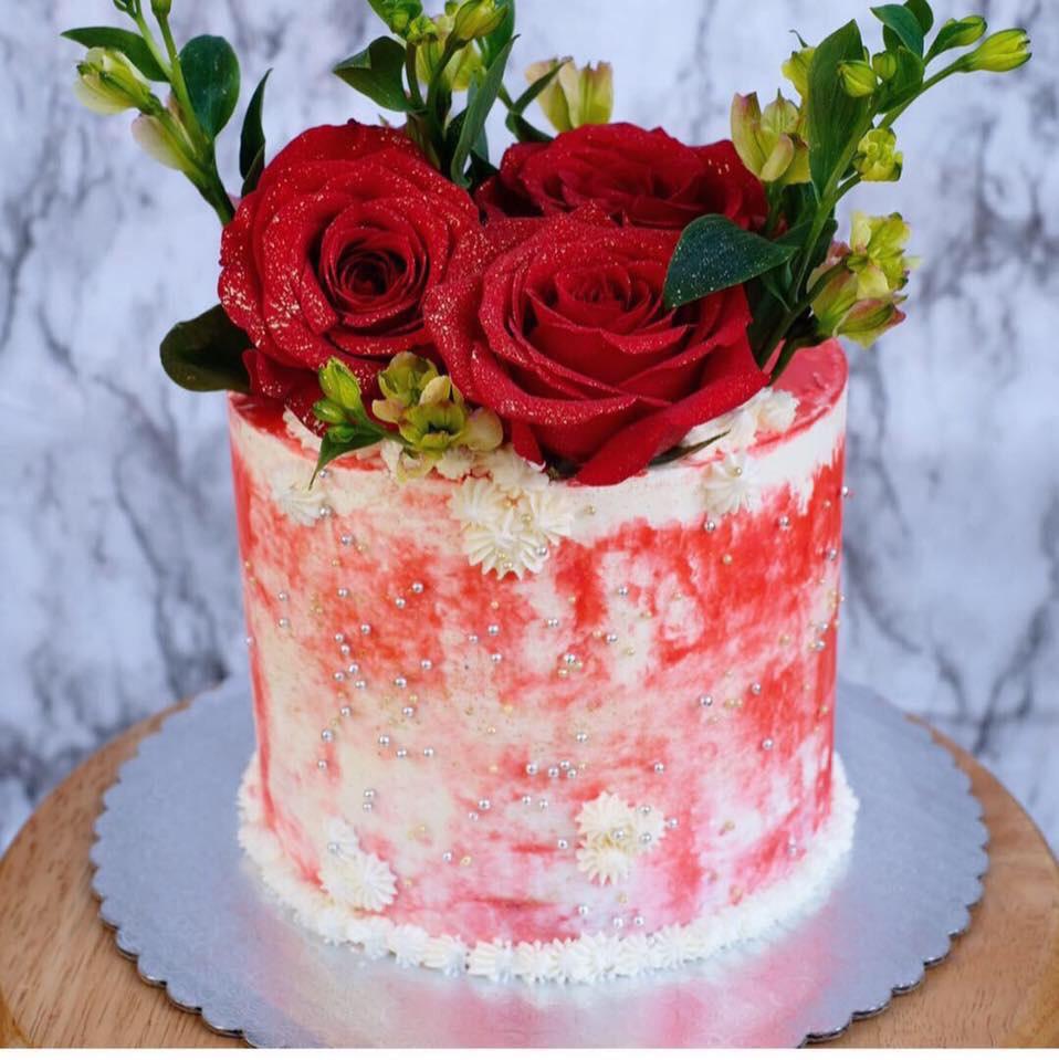 Grunge red rose cake